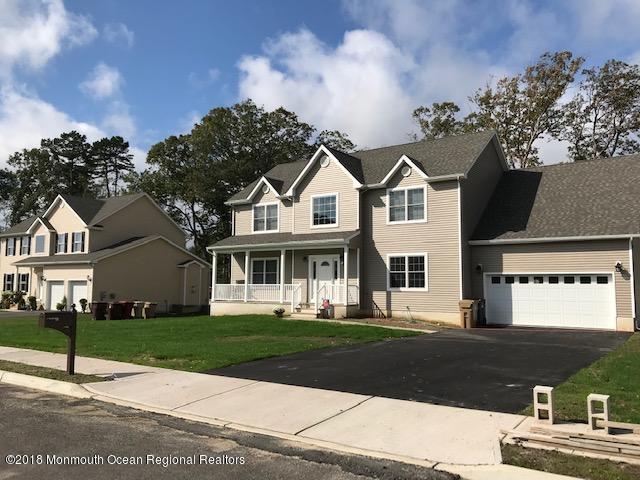 4 Kevin Court, Bayville, NJ 08721 (MLS #21839765) :: The Dekanski Home Selling Team