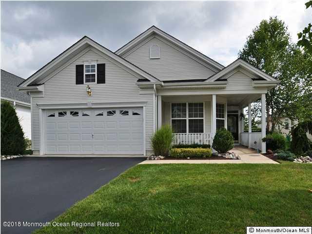 21 Cromwell Lane, Jackson, NJ 08527 (MLS #21841309) :: The Dekanski Home Selling Team