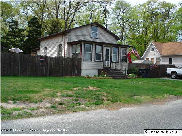 496 Fairfield Avenue, Brick, NJ 08723 (#21844945) :: Daunno Realty Services, LLC