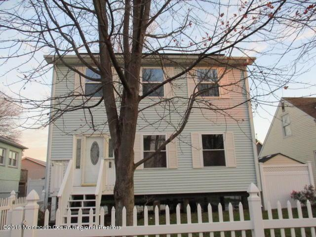 52 Bay Shore Drive, Toms River, NJ 08753 (MLS #21845524) :: The MEEHAN Group of RE/MAX New Beginnings Realty