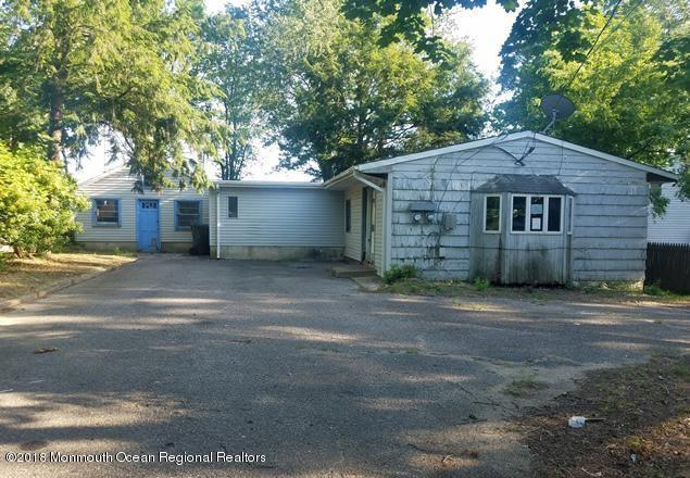 109 Division Street, Toms River, NJ 08753 (MLS #21846566) :: The MEEHAN Group of RE/MAX New Beginnings Realty