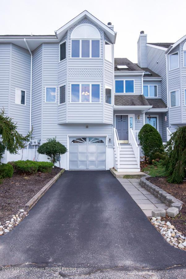 312 Scarlet Court, Toms River, NJ 08753 (MLS #21900460) :: The MEEHAN Group of RE/MAX New Beginnings Realty