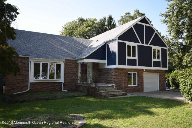11 Liberty Street, Middletown, NJ 07748 (MLS #21900604) :: The MEEHAN Group of RE/MAX New Beginnings Realty