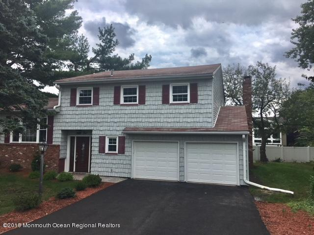 51 Embroidery Street, Sayreville, NJ 08872 (MLS #21902514) :: The MEEHAN Group of RE/MAX New Beginnings Realty