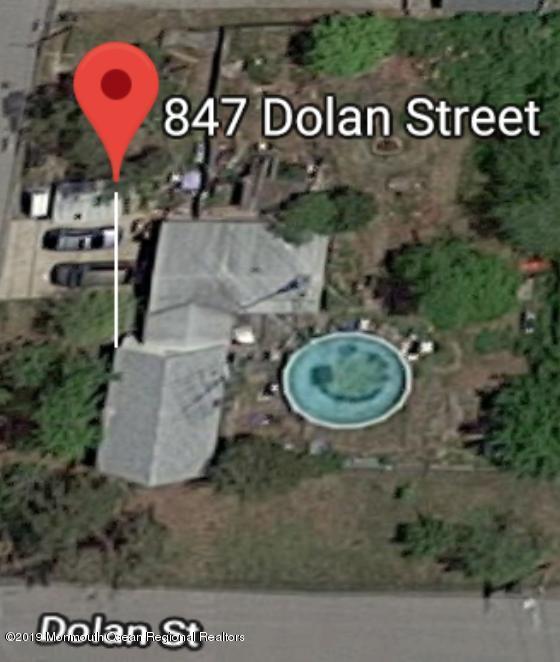 847 Dolan Street, Lanoka Harbor, NJ 08734 (MLS #21903000) :: The MEEHAN Group of RE/MAX New Beginnings Realty