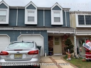 60 Thorne Lane, Matawan, NJ 07747 (MLS #21903469) :: The MEEHAN Group of RE/MAX New Beginnings Realty