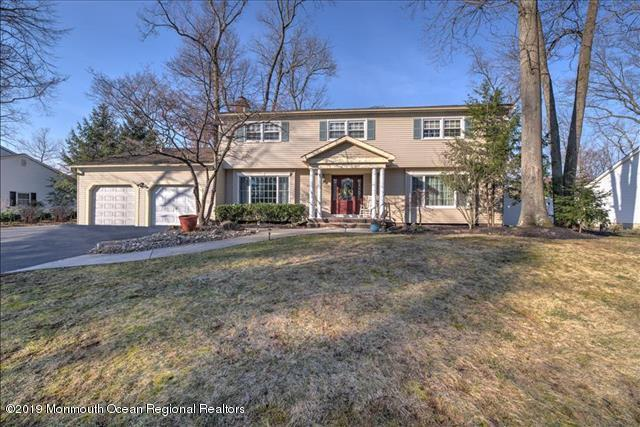 6 Saratoga Court, East Brunswick, NJ 08816 (MLS #21911838) :: The MEEHAN Group of RE/MAX New Beginnings Realty