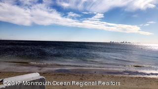 31 Corpus Cristi Bay Court, Little Egg Harbor, NJ 08087 (MLS #21913078) :: The MEEHAN Group of RE/MAX New Beginnings Realty
