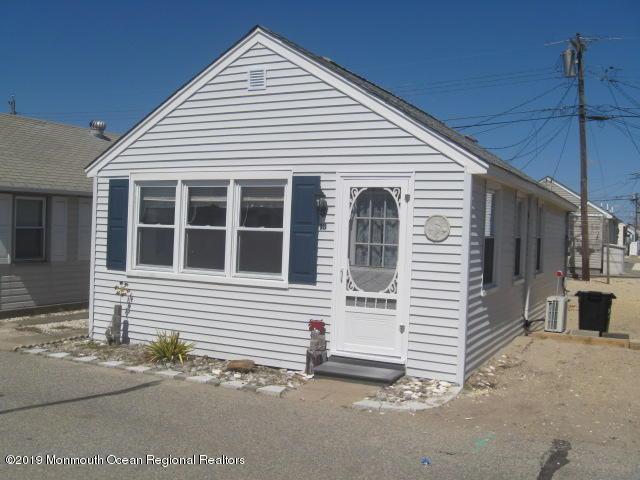 18 9th Lane #243, South Seaside Park, NJ 08752 (MLS #21913144) :: The MEEHAN Group of RE/MAX New Beginnings Realty