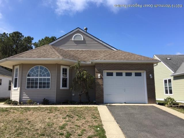 116 Narberth Way, Toms River, NJ 08757 (MLS #21914709) :: The MEEHAN Group of RE/MAX New Beginnings Realty