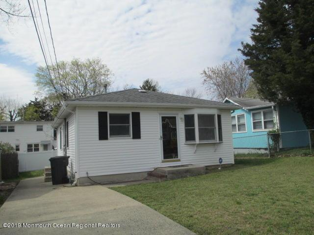 67 River Drive, Toms River, NJ 08753 (MLS #21916005) :: The MEEHAN Group of RE/MAX New Beginnings Realty