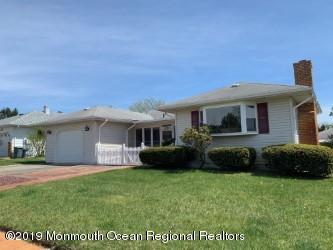 662 Jamaica Boulevard, Toms River, NJ 08757 (MLS #21917869) :: The MEEHAN Group of RE/MAX New Beginnings Realty