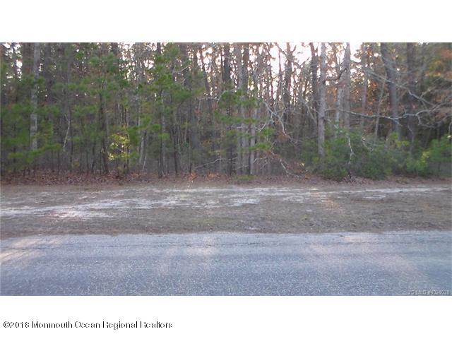 114 Lakeview Drive - Photo 1