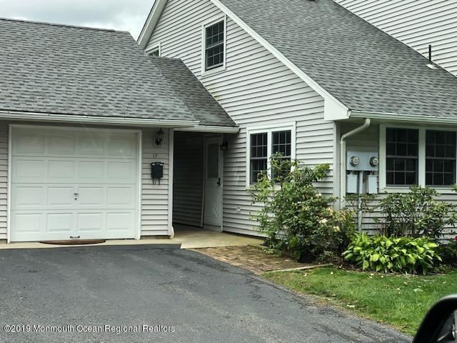 17 Amy Court #2301, Brick, NJ 08724 (MLS #21920005) :: The MEEHAN Group of RE/MAX New Beginnings Realty