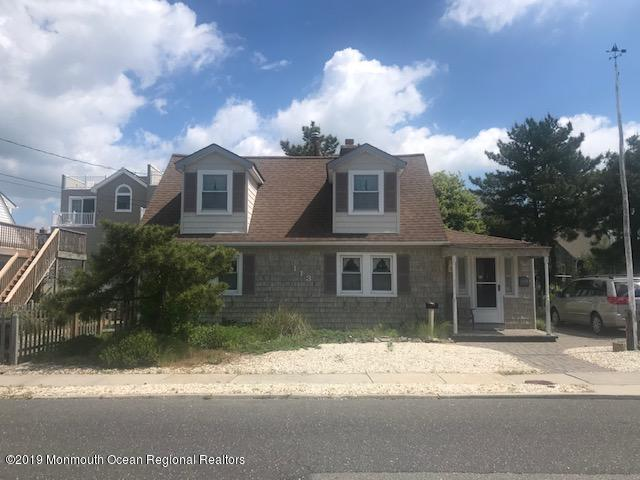113 E Delaware Avenue, Long Beach Twp, NJ 08008 (MLS #21924938) :: The MEEHAN Group of RE/MAX New Beginnings Realty