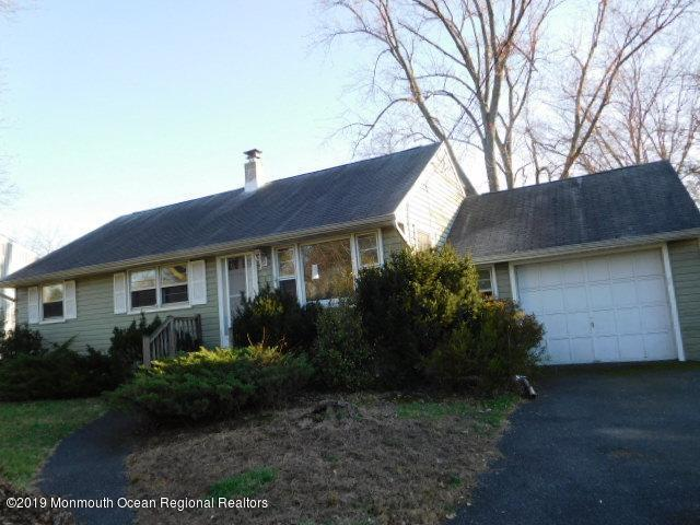 302 Elm Drive, Neptune Township, NJ 07753 (MLS #21925033) :: The MEEHAN Group of RE/MAX New Beginnings Realty