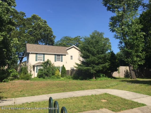 36 Mundy Avenue, Spotswood, NJ 08884 (MLS #21925047) :: The MEEHAN Group of RE/MAX New Beginnings Realty