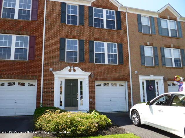41 Saxton Road, Farmingdale, NJ 07727 (MLS #21926133) :: The Dekanski Home Selling Team