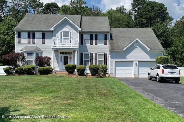 84 Cardinal Drive, Jackson, NJ 08527 (MLS #21927153) :: William Hagan Group