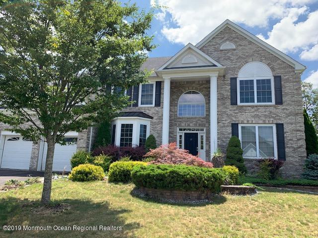 12 Freedom Court, Howell, NJ 07731 (MLS #21929138) :: The Dekanski Home Selling Team
