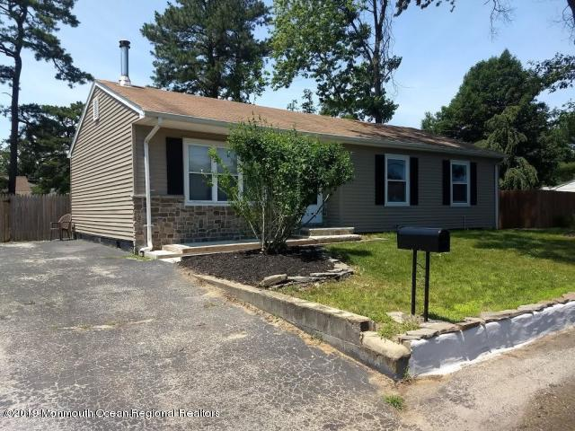 1128 Ocean Avenue, Beachwood, NJ 08722 (MLS #21929361) :: The CG Group | RE/MAX Real Estate, LTD