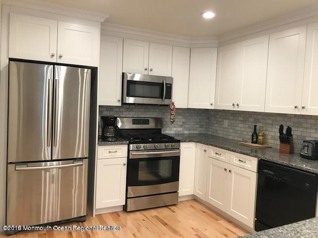 1301 Warren Avenue #6, Spring Lake, NJ 07762 (MLS #21929562) :: The Dekanski Home Selling Team