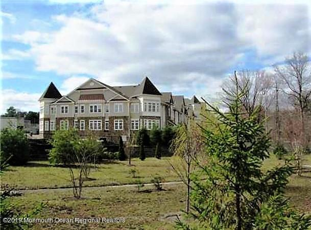 5104 Cedar Village Boulevard #104, East Brunswick, NJ 08816 (MLS #21930405) :: The Sikora Group