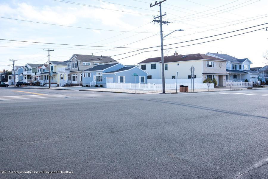 26 Trenton Avenue - Photo 1