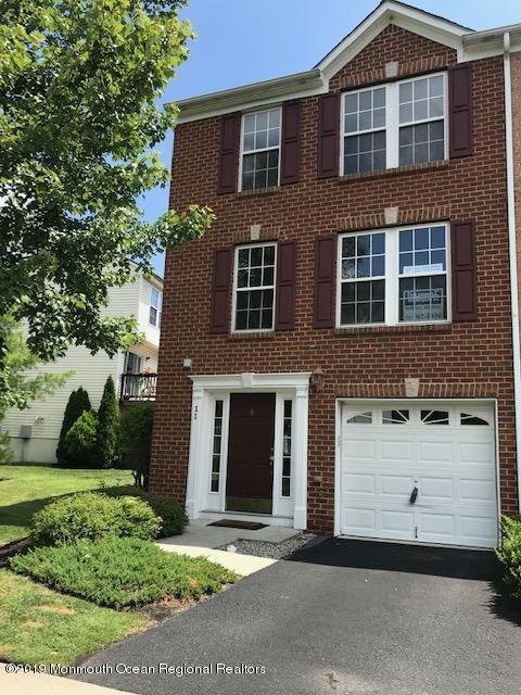 11 New Castle Street #81, Farmingdale, NJ 07727 (MLS #21930465) :: The MEEHAN Group of RE/MAX New Beginnings Realty