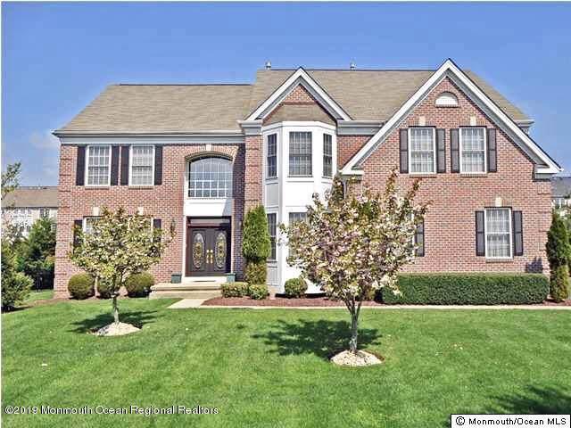 197 Independence Way, Morganville, NJ 07751 (MLS #21937578) :: The Dekanski Home Selling Team
