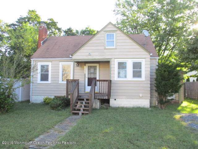 1506 Larchmont Street, Toms River, NJ 08757 (MLS #21938380) :: The MEEHAN Group of RE/MAX New Beginnings Realty