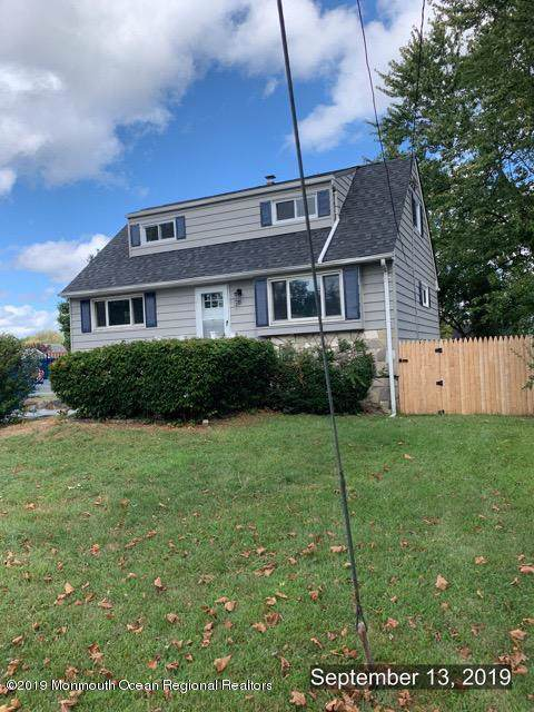281 Middle Road, Hazlet, NJ 07730 (MLS #21938444) :: The MEEHAN Group of RE/MAX New Beginnings Realty