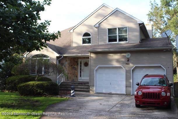 735 Princeton Avenue, Lanoka Harbor, NJ 08734 (MLS #21940421) :: The MEEHAN Group of RE/MAX New Beginnings Realty