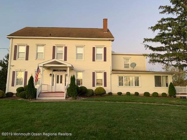42 Olde Noah Hunt Road, Millstone, NJ 08510 (MLS #21943193) :: The Sikora Group