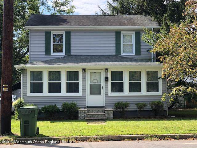 34 Clinton Avenue, Eatontown, NJ 07724 (MLS #21944546) :: The Dekanski Home Selling Team