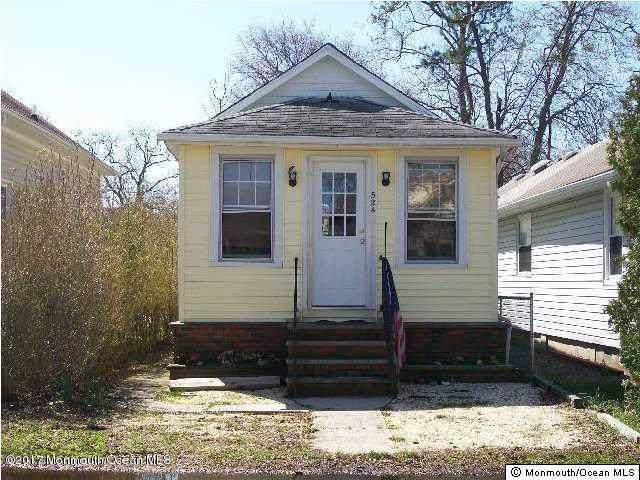524 E Point Pleasant Avenue, Ocean Gate, NJ 08740 (#21945207) :: Daunno Realty Services, LLC