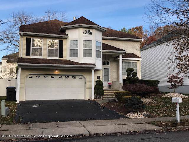 64 Pemberton Drive, Matawan, NJ 07747 (MLS #21945781) :: The MEEHAN Group of RE/MAX New Beginnings Realty