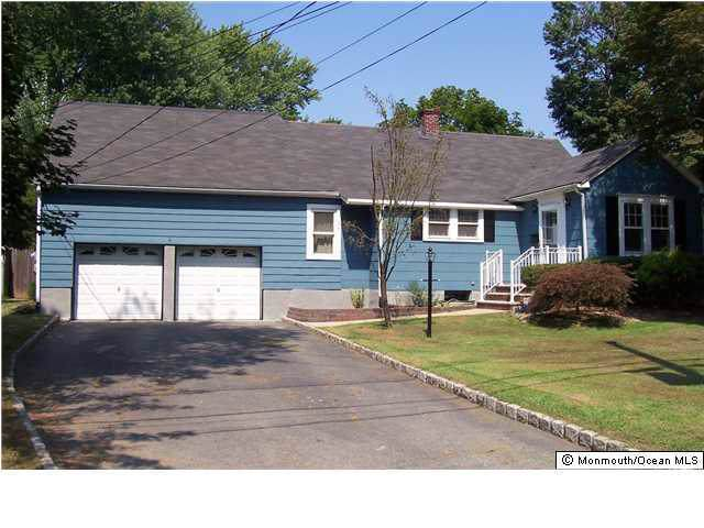 8 Union Street, Matawan, NJ 07747 (MLS #21947952) :: William Hagan Group