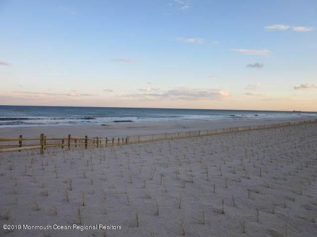 3574 Ocean Terrace, Lavallette, NJ 08735 (MLS #21948090) :: The Dekanski Home Selling Team