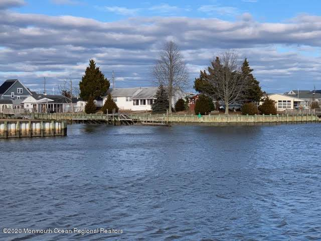 56 Lake Michigan Drive, Little Egg Harbor, NJ 08087 (MLS #22001187) :: William Hagan Group