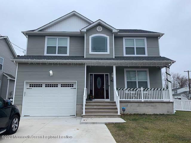598 Garfield Avenue, Toms River, NJ 08753 (MLS #22001561) :: The Dekanski Home Selling Team