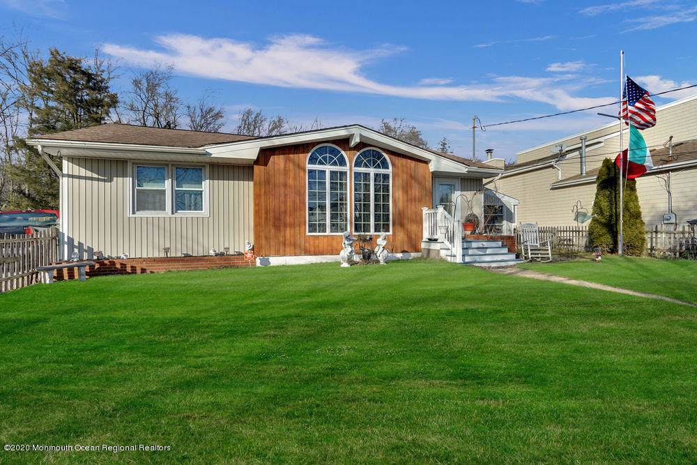 100 Tiller Lane - Photo 1