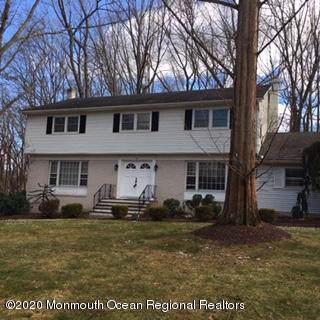 12 Churchill Court, Morganville, NJ 07751 (MLS #22002415) :: Vendrell Home Selling Team