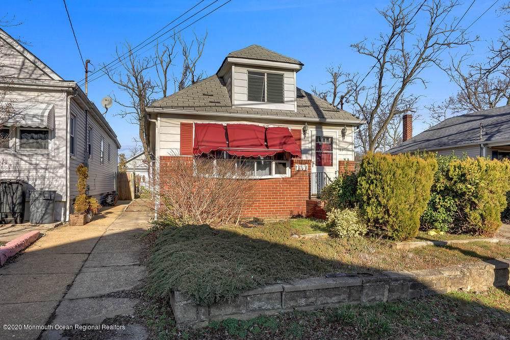 25 Woodland Avenue - Photo 1