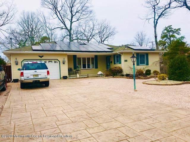 511 New Jersey Avenue, Pine Beach, NJ 08741 (MLS #22006985) :: Vendrell Home Selling Team