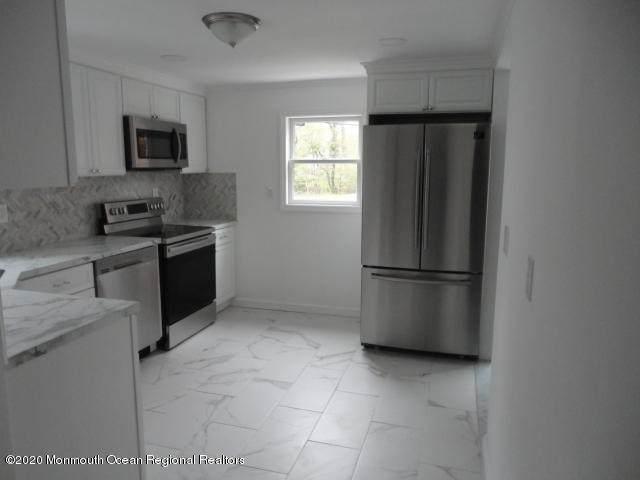 22 Fierro Avenue, Matawan, NJ 07747 (MLS #22013414) :: The MEEHAN Group of RE/MAX New Beginnings Realty