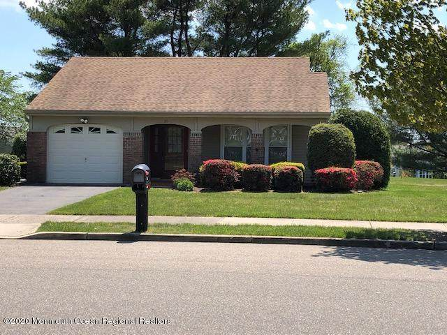 20 Knoll Circle, Manchester, NJ 08759 (MLS #22015245) :: The Premier Group NJ @ Re/Max Central