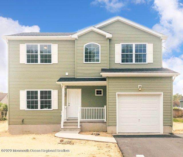 84 4th Avenue, Toms River, NJ 08757 (MLS #22016110) :: The Premier Group NJ @ Re/Max Central