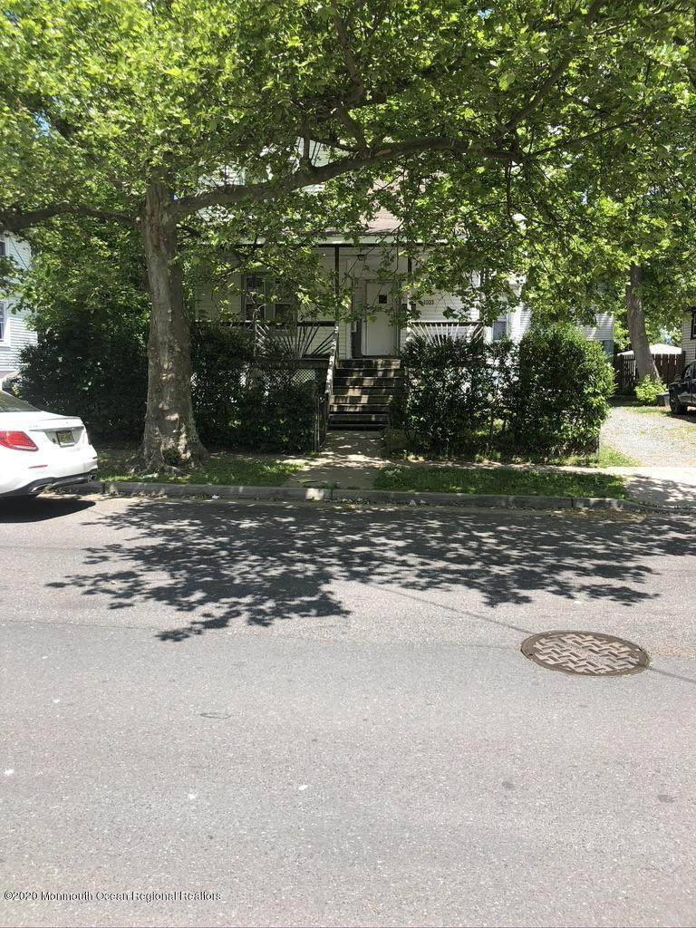 1023 Monroe Avenue - Photo 1