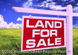 102 Lillie Road, Toms River, NJ 08753 (MLS #22017364) :: Vendrell Home Selling Team